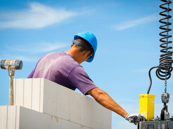 Gute Bezahlung, gute Aussichten: Baubranche sucht Azubis
