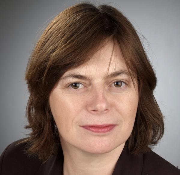 Karina Szwede ist ab sofort stellvertretende Hauptgeschäftsführerin der IHK Koblenz. (Foto: IHK)