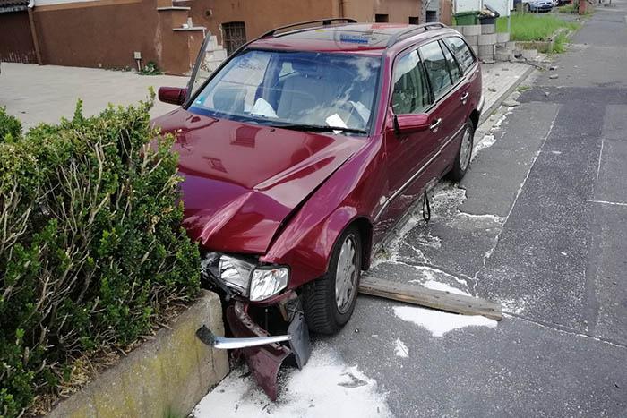 Zwei Verletzte bei Unfall in Rennerod