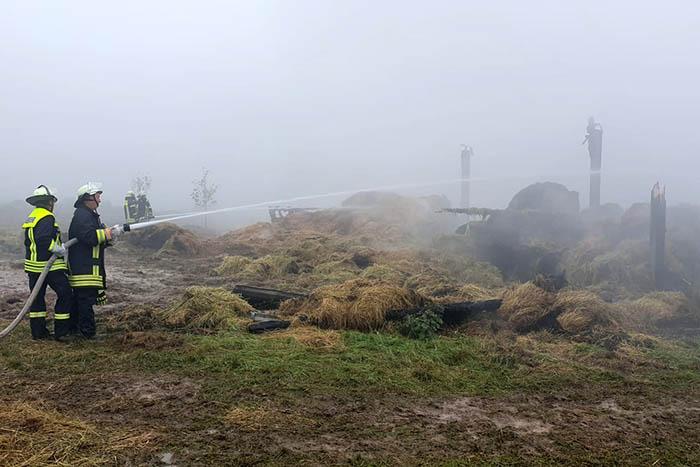 Landwirtschaftliche Lagerhalle in Wahlrod abgebrannt