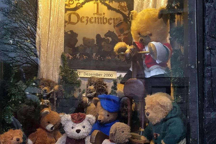 Adventfenster in Urbach fast alle vergeben
