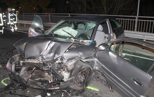 Zwei Schwerverletzte bei Unfall auf der B 62 in Kirchen