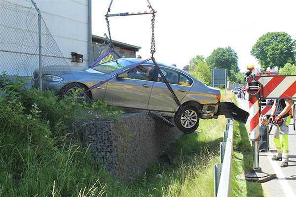 Verkehrsunfall mit zwei Verletzten auf der L 310