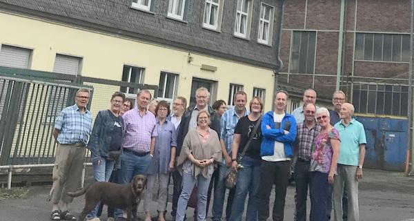 Die Freie Wähler Gruppe (FWG) Altenkirchen-Flammersfeld lud ihre Mitglieder zur Besichtigung des Förderturms der Grube Georg in Willroth ein. (Foto: FWG)