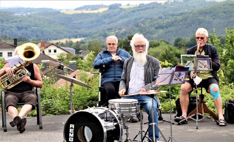Musiker aus dem Gelbachtal spielten Mutmacher-Konzert