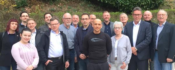 Wirtschaftsförderer Tim Kraft zu Gast bei der Kirchener FDP