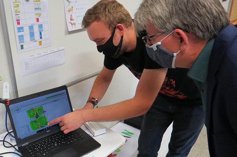 Digitaltauglich? IT-Amt Neuwied überprüft Grundschulen