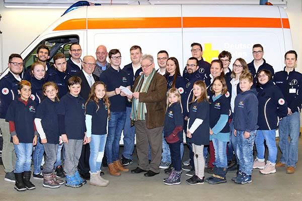 Jürgen Schmitz spendet 1.000 Euro an das Jugendrotkreuz