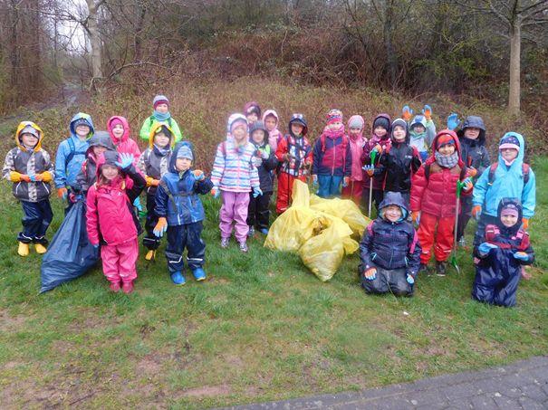 Aktion saubere Landschaft in städtischen KITAs von Hachenburg