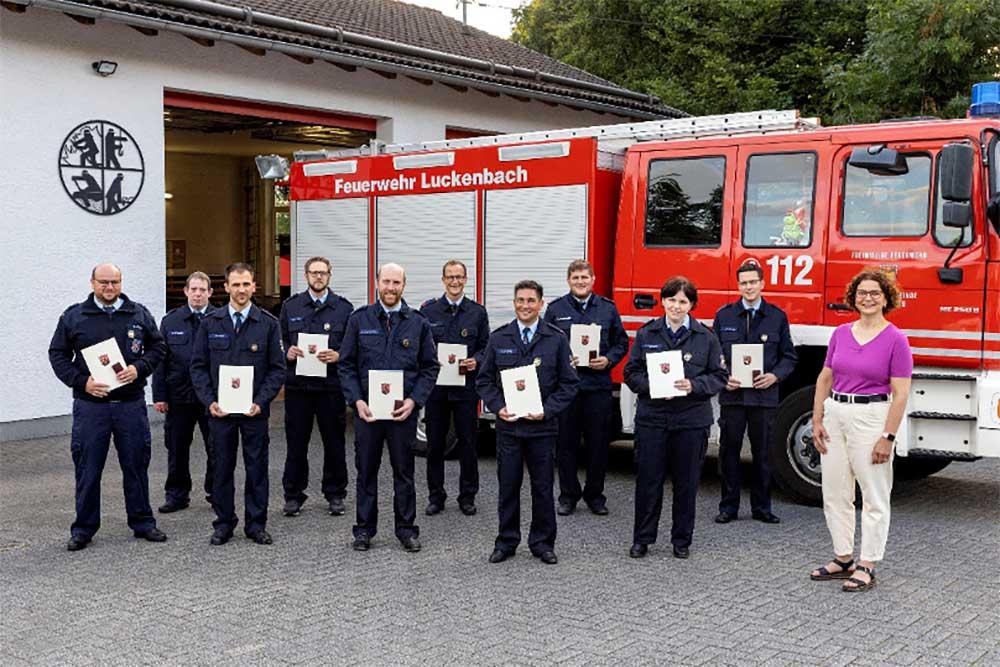 Neues Feuerwehr-Fahrzeug: Sicherheit der Bürger im Tal der Kleinen Nister erhöht
