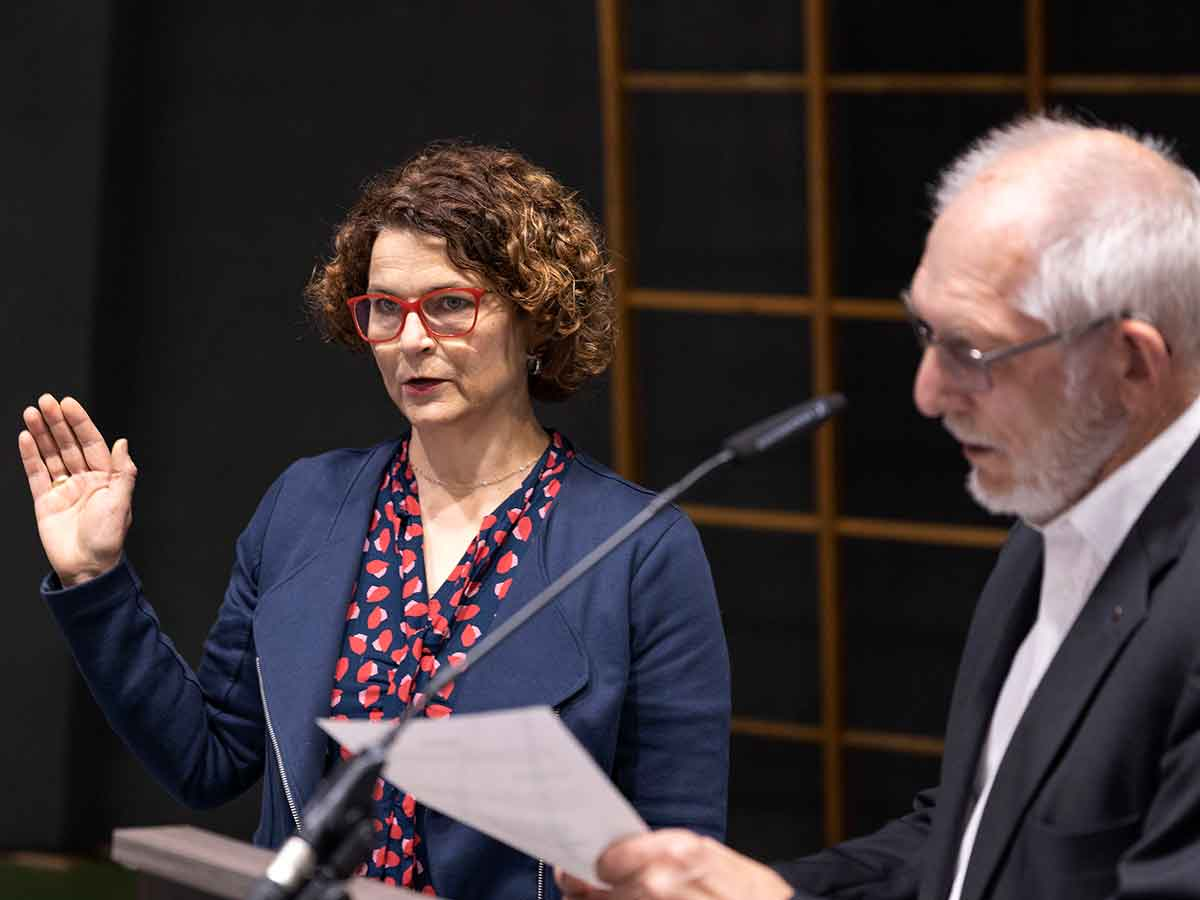 Gabriele Greis zur Bürgermeisterin der Verbandsgemeinde Hachenburg ernannt