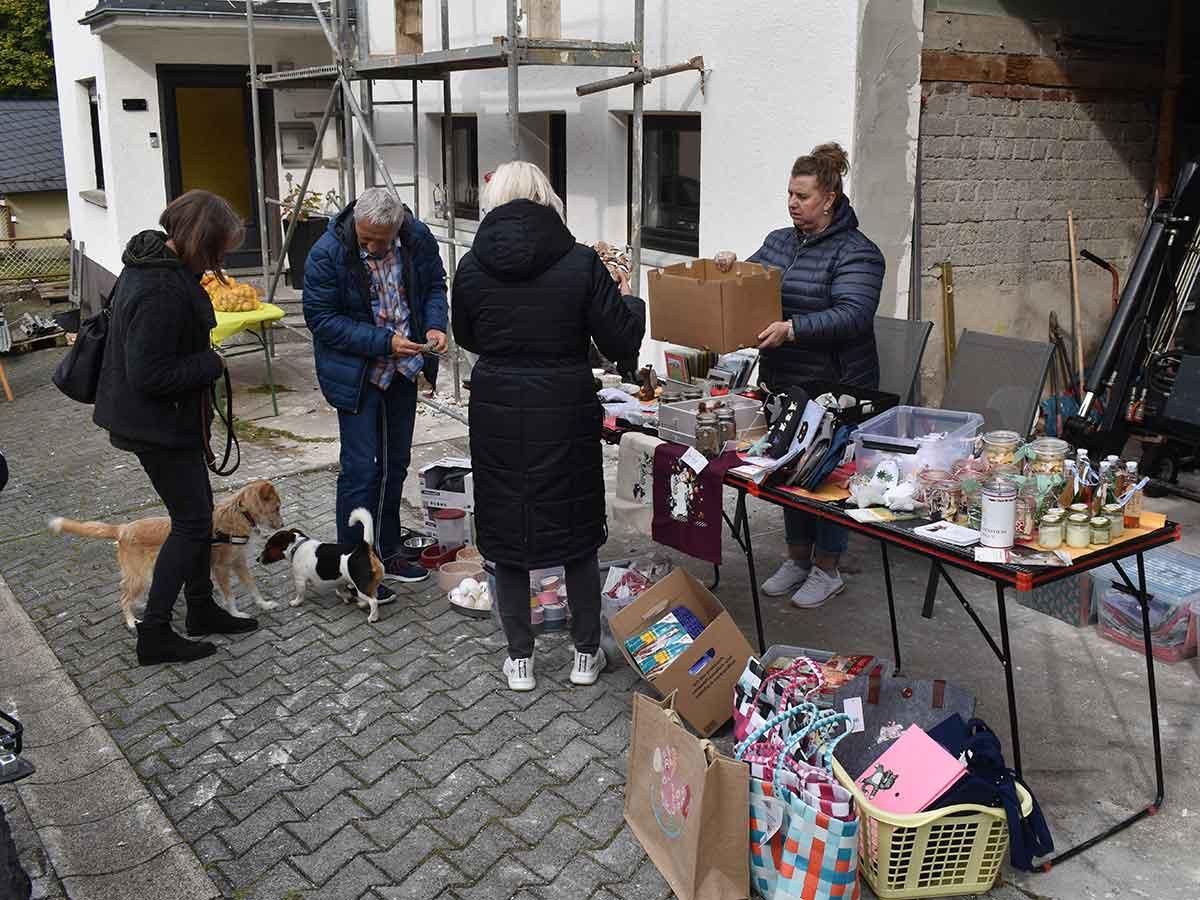 Erster Dorf-Flohmarkt in Zürbach war ein Erfolg