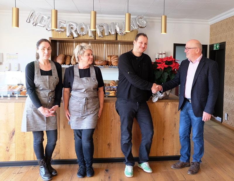 """Kaffee, Kuchen, Heimat: Neueröffnung von """"Kalien"""