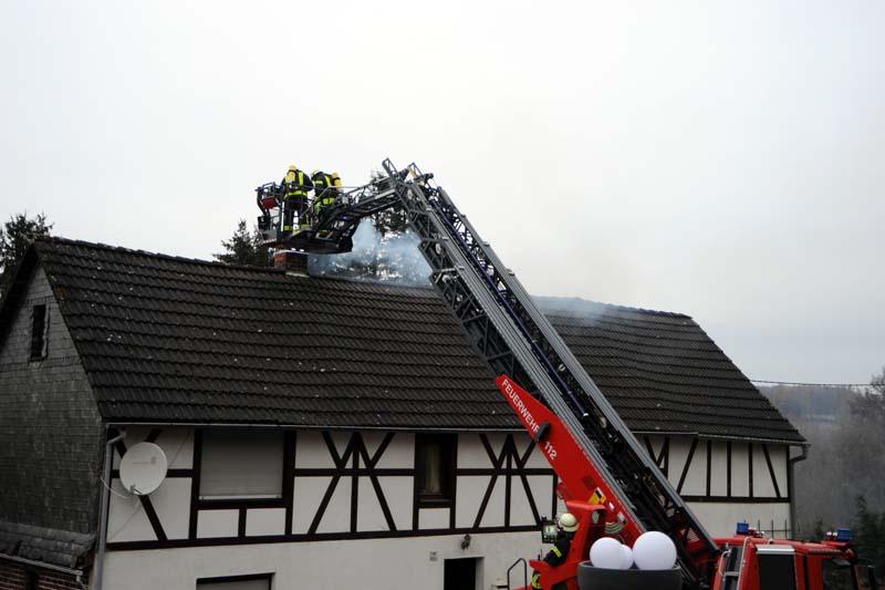 Verletzt wurde bei dem Kaminbrand niemand. (Fotos: kkö)
