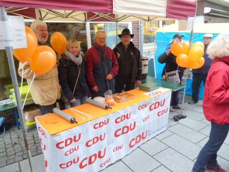 CDU-Infostand auf dem Katharinenmarkt