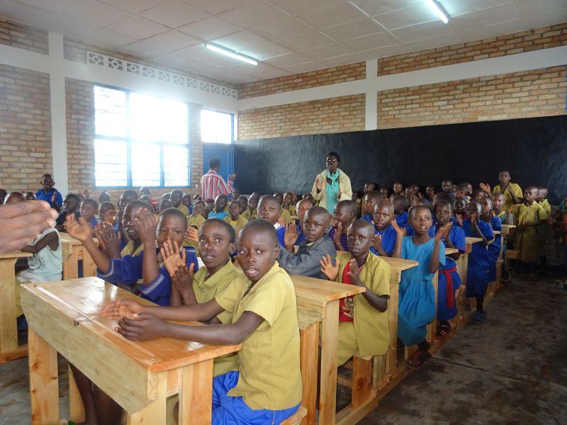 Ruandahilfe Hachenburg setzt sich erneut f�r bessere Schulbildung ein