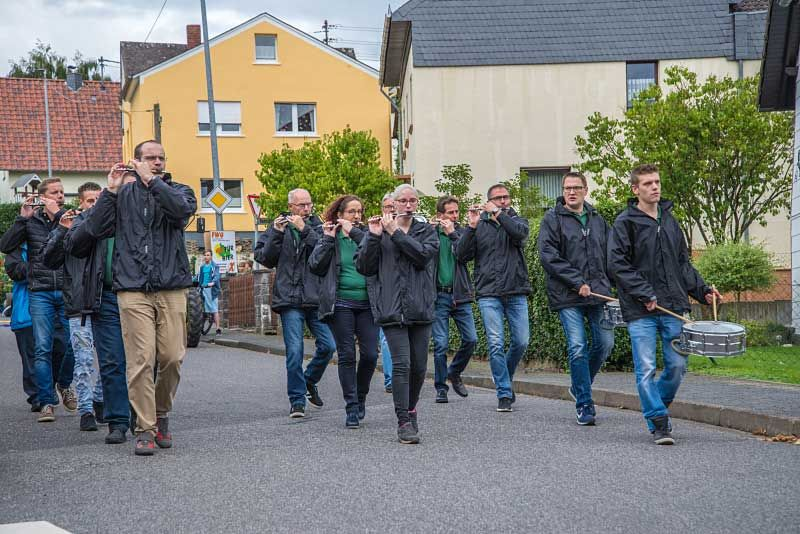 "Zeltkirmes in Hardert mit Motto ""Freher & Hout"""