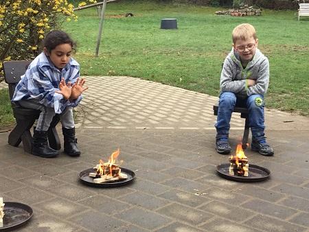 Kita Fürthen: Kinder auf den Umgang mit Feuer vorbereiten