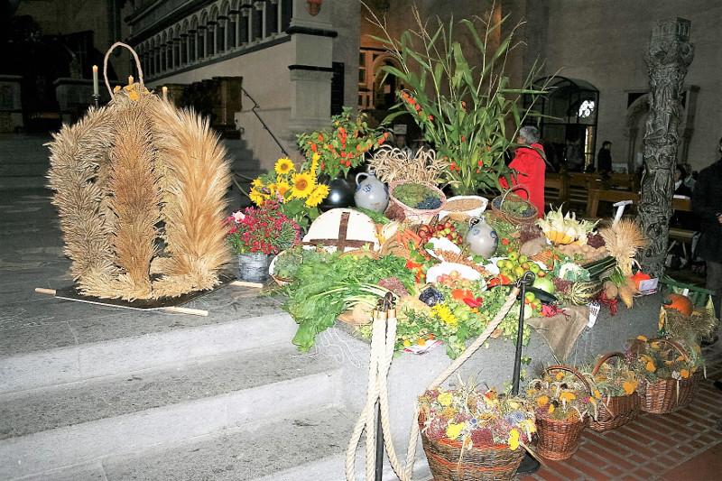 Bauern- und Winzerfest auf dem Jesuiten- und Rathausplatz