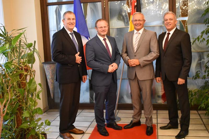 Landrat und Oberbürgermeister treffen HwK-Kammerspitze
