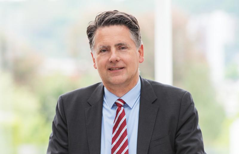 Dr. Karlheinz Sonnenberg als Vorstandsmitglied best�tigt