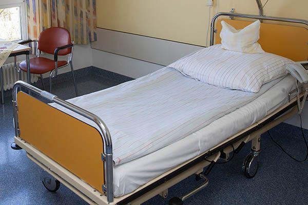 Arm durch Pflege? - Info-Abend zu Kosten der Altenpflege