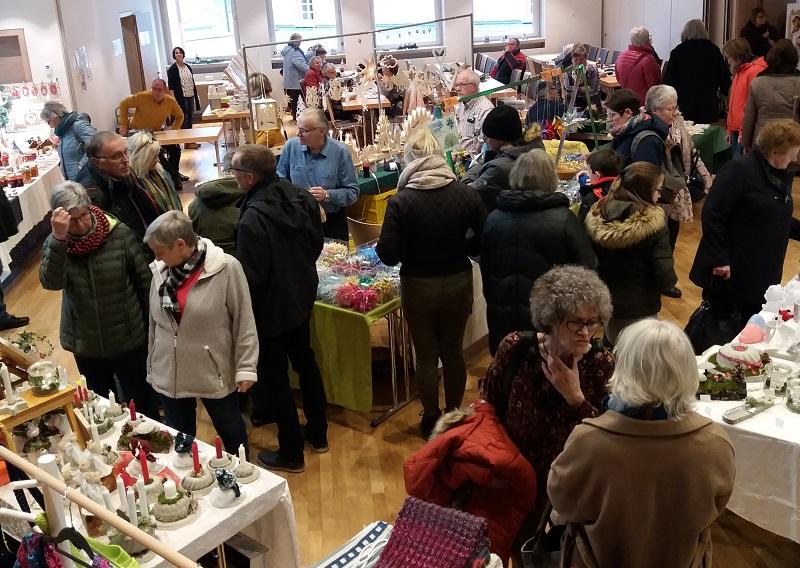 Daadener Kreativmarkt im �Advents-B�rgerhaus� wieder gut besucht