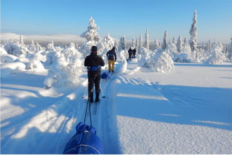 Bewegung bei Krebs: Rotarier Montabaur überreichen Scheck für Skiwanderung in Lappland - WW-Kurier - Internetzeitung für den Westerwaldkreis