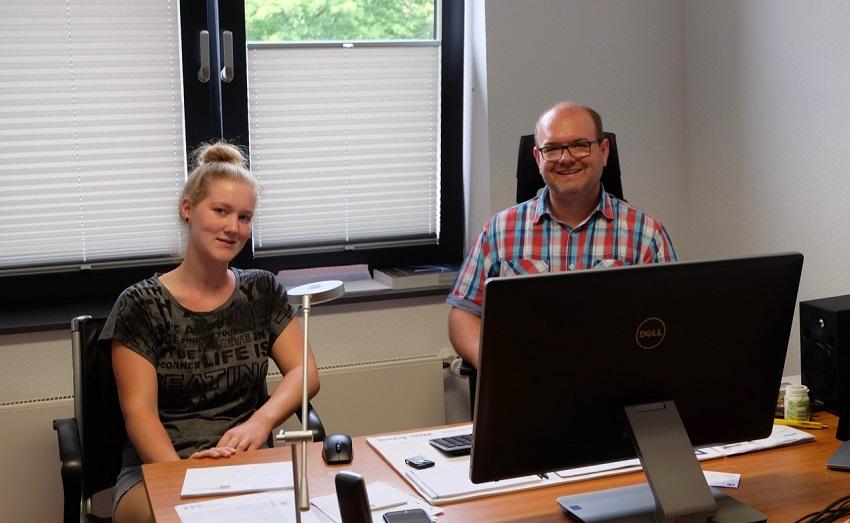 Dominik Weitershagen und Franziska Lorbach, die ihr Freiwilliges Soziales Jahr im Kulturwerk absolviert:  Sich der Krise und den damit verbundenen Veränderungen stellen heißt die Devise. (Fotos: KathaBe)