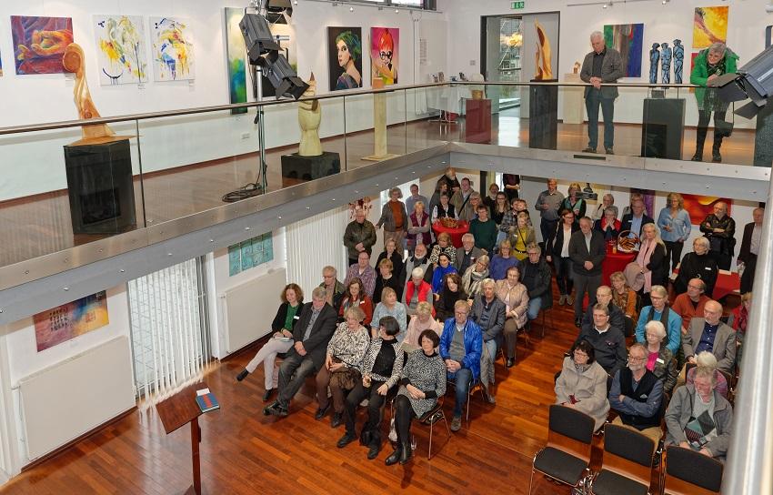 Kunstforum Westerwald stellt in Hamm �Vielfalt� aus