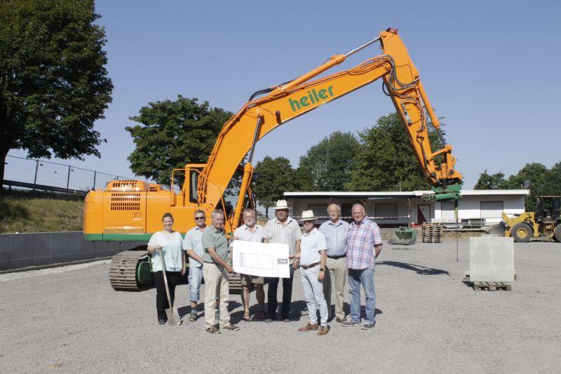 Bauarbeiten für Kunstrasenplatz in Simmern haben begonnen