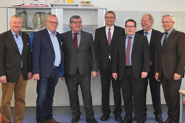 Neue Räume der Ludwig-Erhard-Schule übergeben