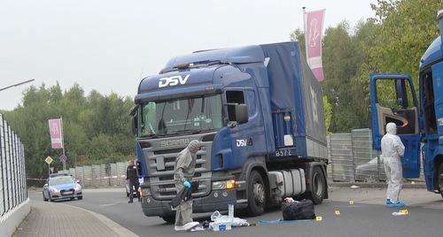 LKW-Fahrer durch Messerstich schwer verletzt: Verdächtiger festgenommen