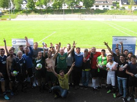 Sportliche Fairness beim Fußballturnier der Lebenshilfe