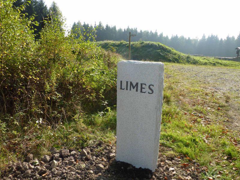 Limesgrenzstein vom Förderverein Limes. Foto: privat