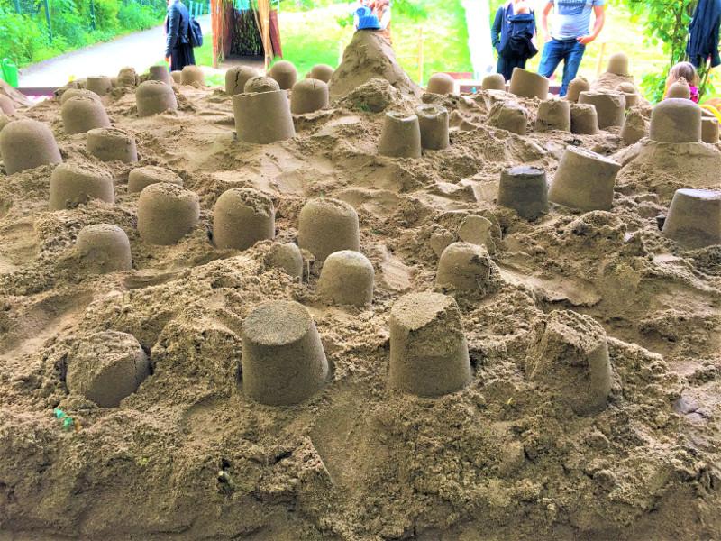 Spielen und Spaß beim Familientag in der Kita