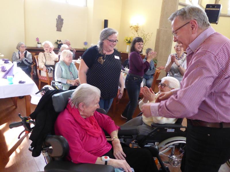 Flotte Tanzeinlagen in der Senioren-Residenz Linz