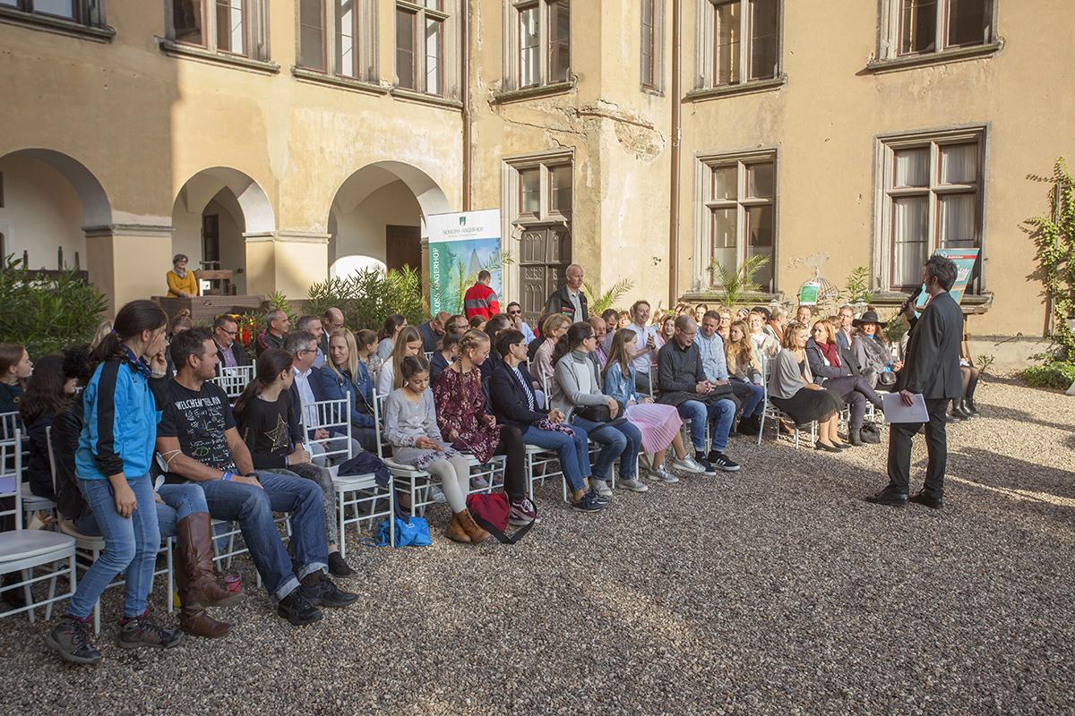 Kinderliteraturpreise auf Schloss Arenfels verliehen