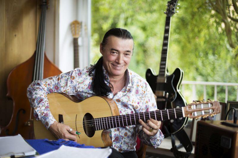 Lulo Reinhardt Acoustic Lounge feat. Doug Martin