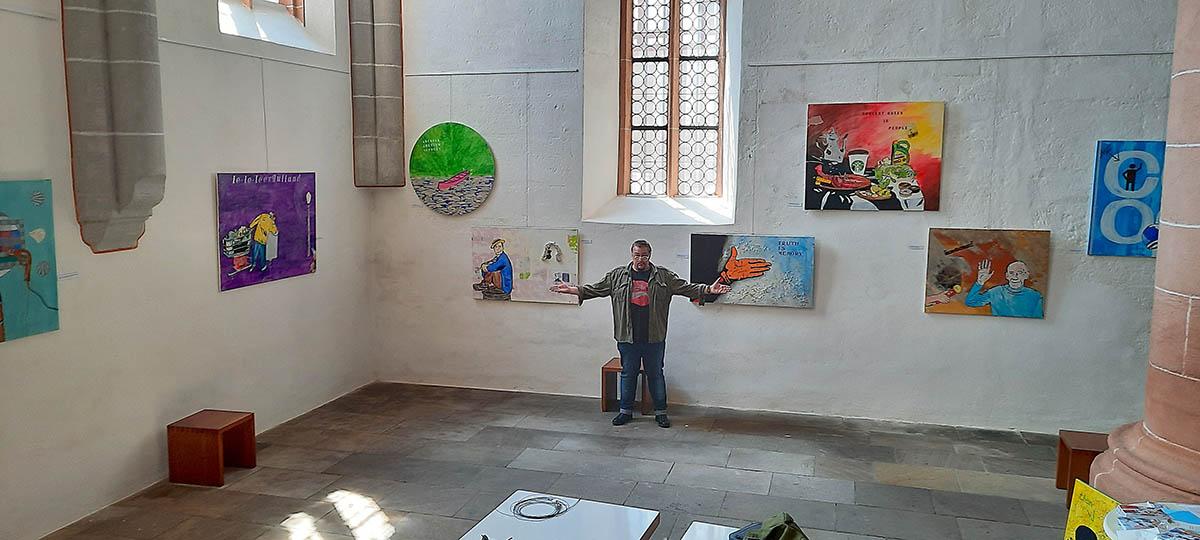 Kirchenhängung des Unkeler Neo-Pop Art-Künstlers in Stadtkirche Schwabach