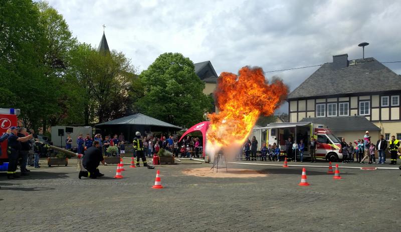Der Firefighter Action Day lockte viele Neugierige nach Marienrachdorf. Fotos: Privat