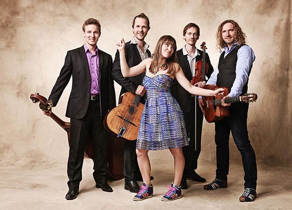 Die Marion & Sobo Band gastiert am Sonntag. Foto: Manfred Pollert