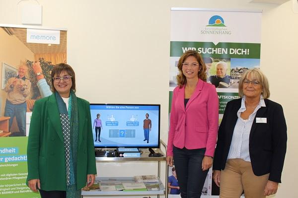 (v. li.) Dunja Kleis, Ministerin Sabine Bätzing-Lichtenthäler und Michaela Giehl (Fotos: kkö)