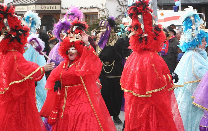"""Linzer Karnevalsbasar """"Für Groß und Klein"""""""