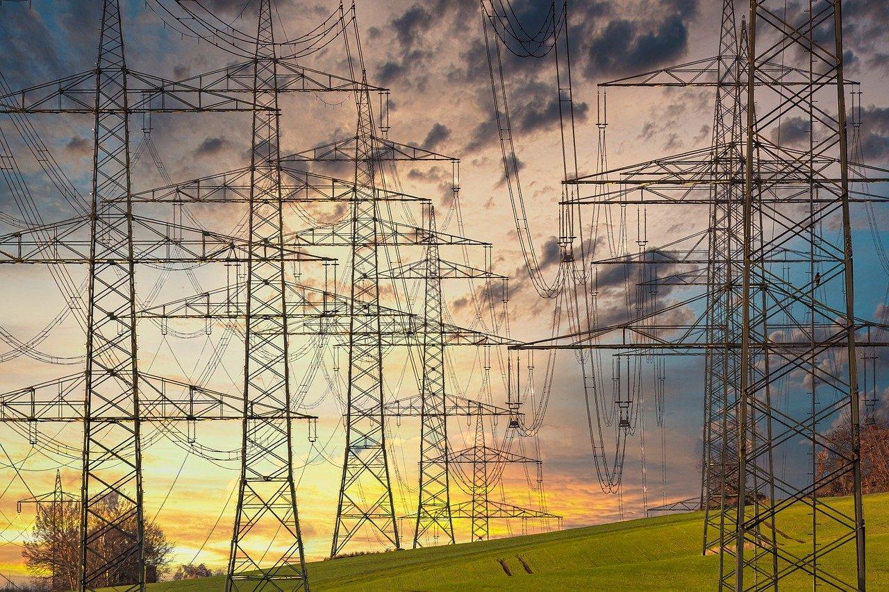 In Montabaur, Heiligenroth und Dernbach und Dernbach gab es rund eine Stunde keinen Strom. (Symbolfoto)