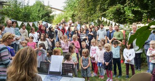 """Multikulti-Fest lockt mehr als 200 Gäste in die """"Kinderarche"""""""