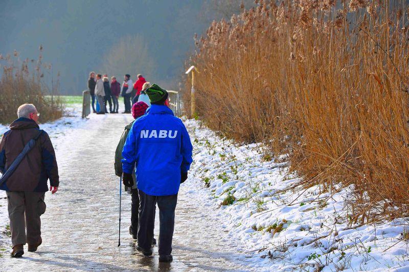 Winterwanderung entlang des Themenwegs Ton