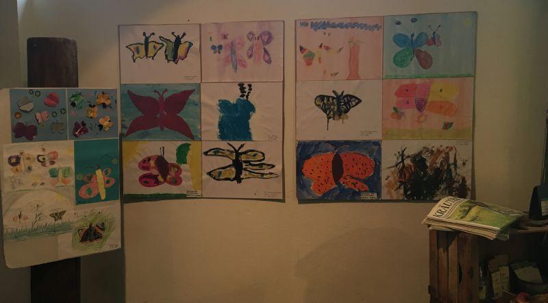 Kinder malen für den Erhalt der Schmetterlinge