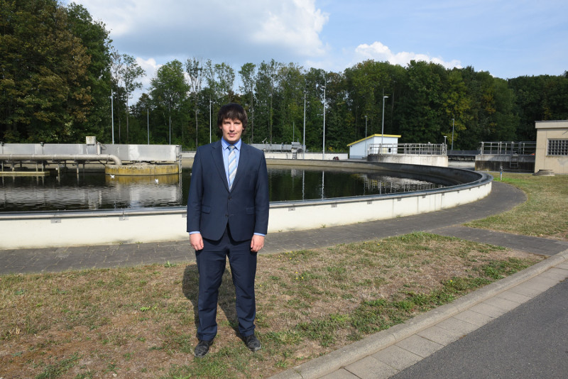 Bleck besuchte Neuwieder Biomasse-Heizkraftwerk