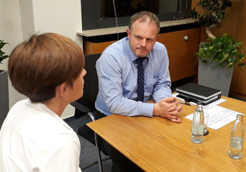 Rund 60 Bürger trafen sich auf ein Wort mit Jan Einig